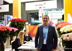 Jorge Ortega of Matina Flowers is again presenting a wide range of Colombian grown roses. According to Ortega, price is due to the devaluated Ruble - an important topic of discussion at the show.