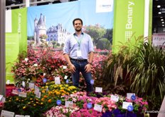 Wolfschmidt is also the agent of Benary and this German breeder and young plant grower presented some of its products at that booth. Dominik Rust of Benary on the picture with some of their varieties that are well in demand in Russia, namely petunias and begonias. In their petunia assortment, two new series; Grandiflora HD and Success!360 are on display.
