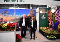 This year, the focus of Danziger at the FlowersExpo is on bedding plants and perennials. Together with Podere Luen, who roots the cuttings of Danziger in Italy and supplies them to Russian growers they share a booth. On the picture: Filippo Vigo, Donald Delfino and Ayala Zilberman of Danziger. They started to supply the Russian with rooted cuttings of Danziger three years ago and they see the demand growing. They see a from growing from seed to growing from cuttings.