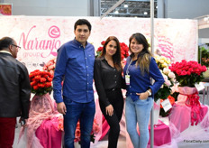 The roses and display of Naranjo Roses is attracting the attention of many visitors.