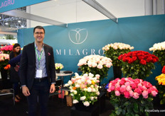 Mauricio Danies of Milagro presenting their new refreshed image, but also their new product Ranunculus. Their main product is are still cut roses, and they have the exclusive right to produce Explorer in Colombia.More on the latest developments at Milagro later in FloralDaily.