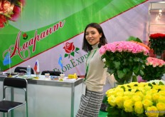 Madina Bekturganova of FlorExpress, a Kazachstan rose farm. They grow 9 varieties in two greenhouses and export 50 percent to Russia and the other half is destined for the Kazachstan market. It is their first time exhibiting at the show and according to Bekturganova, there was a high interest for their products.