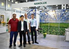The team of Nanolux presenting their light fictures. Their main market is the USA and Canada, but they have some new projects in Russia and China. More on this later on FloralDaily.