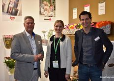 Here we see Solisplant, Adwin v. Loenen and Rene v. Dop together with their interpreter, Natalia Kodi.