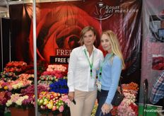 Rosas del Manzano was also present on the Expo this year. On the photo we see Anna Vorobyeva from Incoflores and Natalia Zuiagina