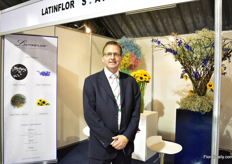 Melvin Brehler of Latinflor, one of the first nurseries in Ecuador - established 30 years ago. They grow gypsophila, blue delphinium and sunflowers on 16 ha.