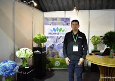 Sergio Guitierrez of Colombian hydrangea farm; AromaFarms. They grow hydrangeas in Medillin on 14ha.