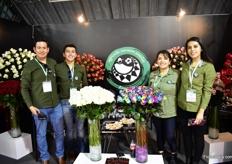 The team of Agricola Carmen Amelia. They grow 21 varieties of roses in the Cotopaxi area on 4ha.