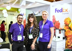 Andres Sanchez, Patricia Paez and Elsebeth Nielsen of FedEx Express. They ship flowers door to door. From Ecuador to the US, for example, it will only take 3 to 4 days till the end consumer, instead of usually 1 to two weeks.