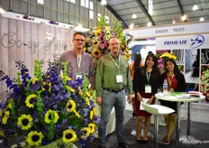 The team of Co-op Farms, a group of 8 farms that produce many varieties of summer flowers in Ecuador.