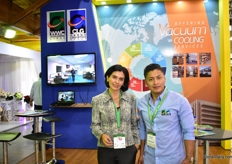 Alejandra Chirboga and Santiago Vinueza of Worldwide Cargo.