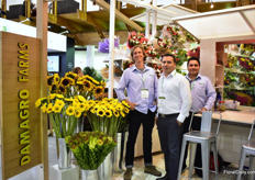 The team of Demagro farms. They are specialized in summer novelty flowers, which they produce on 40 ha, and also have a 2000m2 bouquet operation. It is the first time they are exhibiting at the show.