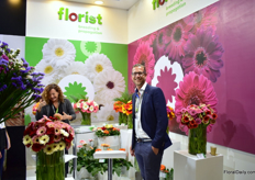Arthur Kramer of Florist Breeding. According to Arthur, gerbera is a relatively small product in Ecuador, but growers are looking for new crops to grow, which offers the gerbera crop opportunities.