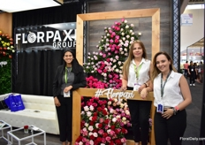 The team of Florpaxi, They have two farms; Agri Valdani and Flores del Cotopaxi. In the former farm, roses are grown on 25 ha and in the later farm on 20ha since last year. They expanded this farm from 9 to 20 ha. In total, they grow 96 varieties.