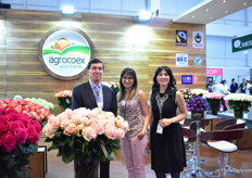 Santiago Saenz, Pamela Salgado and Leyra Cevalles of Agroex. They grow roses on 35 ha.