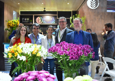 Rosalia Paladine and James Andrada of Valleflor with Juana Moscoso of Rodel Flowerws and Kees Gram and John Damen of Royal van Zanten. Rodel Flowers is the agent of Royal van Zanten in Ecuador.