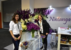 Nadezka Utreras of Nintanga with Lourdes Reyes of Ball. They grow some stock varieties of Ball.