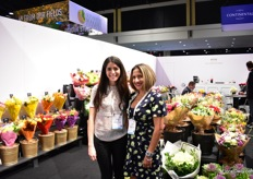 Kelly Valencia and Lina Aust of Galleria Farms. This grower and importer produces chrysanthemums, hydrangeas and roses in Colombia. They also have bouquet facilities in Bogota and Medellin. According to Aust, they brought the airbrushed bouquets to the USA.