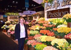 Jacqueline Binner of Passion Growers. They grow roses in Colombia and Ecuador and their main focus is the rose crop, but they started to grow other products for bouquets. Almost all of their flowers in their bouquets are own grown.