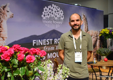 Felipe Illamiza of Maria Flowers. They supply roses and consumer bunches to supermarkets.