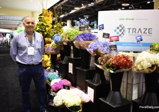 "Yonatan Nevo of Jetty Flowers. They work with around 80 Colombian hydrangea growers and are specialized in painting (by by hand) the hydrangeas. The grower we work with are the smaller growers who bring their best varieties""to us.""Their hydrangeas have a vase life of 7 days and they wirk with Jolo Flowers for several years now."