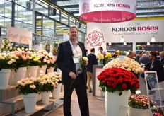 Gran Basjes of Kordes Roses, a German rose breeding company, holding a sport of Adele.