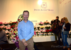 David Austin of David Austin was also visiting the fair. This picture was taken at the booth of Colombian rose grower Alexandra Farms. They grow a large variety of David Austin roses.