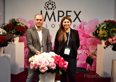 Alex Hernandez and Mireya Serrano of Impex Flowers. They export Colombian, Ecuadoria, Kenyan and Dutch flowers.