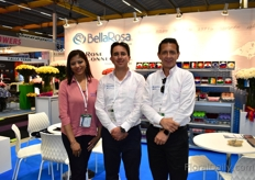 Karla Clavijo, Santiago Luzuriaga, Giovanni Almeida of BellaRosa and Rose Connection. Next to fresh roses, these Ecuadorian rose growers started to preserve roses several years ago and they are noticing a increase in demand for this type of flowers.