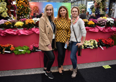 Here we have Natasha & Natalia from Greneth Plant and Julia from Amsonia was there to visit.