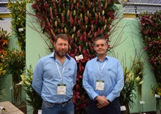 Jan Willem & Arie from De Jong Flowerbulbs, standing at their very nice decorated lily wall.