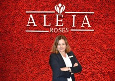 Francine van Wijk from Aleia Roses poses at their piece of art. All day long people were making selfies here.