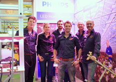The team of Ufo Supplies represented Philips and also showed their binding and cutting machine QuickBunch