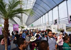 Visitors interested in the new floriculture pavilion at the Expo Agroalimentaria.