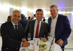 Turkse growers Ismail Yilmaz and Abdulhamit Baskurt, and Louis Kester of Florpartners