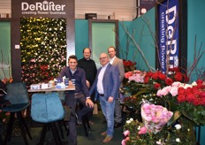 Arjan Hulshoff with De Ruiter Innovations, Matthijs Plas with Modiform and Jelle Posthumus with United Selections and Huub Snijder of De Ruiter Innovations in the United Innovations booth.