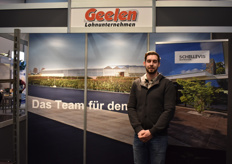 Melvin Geelen of GEELEN, a company ready to install any cultivation floor in the greenhouse.