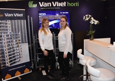 The ladies of the booth from Van Vliet Containers, Ilse Klaassen and Suzanne Fijen.