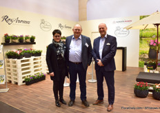 Birgitte Toustrup Andersen, Torben Moth Madsen and Torben Ryg of Rosa Danica. This year, they presented some new Kordana pot roses, some new scented roses and a new campanula; Ice Blue.