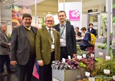Jaap Kras of Floraculture International with Karol Pawlak and his son Konrad Pawlak of Vitroflora and Fleuroselect.