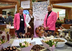 Peter Cox and Frank Counders of  Pheno Geno together with Eveline Wild, a famous television chef in Austria. At the exhibition, they presented and baptized several edible roses.