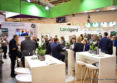 The large and busy booth of Landgard.