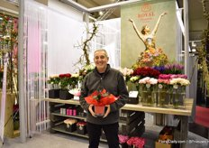 Tom Biondo of Royal Flower with the new mini center pieces.