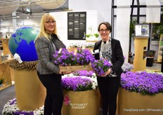 Annie Agger and Anni Niber of Garneriet Tvillingaard. This Danish grower will start supplying part of their production in the new Jiffy pots.