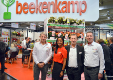 Sirekit Mol, Stephan Faisst, Bas van der Kraan and on the left a new face at Beekenkamp, Marc van Heijningen. In the background, the Dreams collection, under which Beekenkamp markets the begonia varieties. There was also a host of new introductions.
