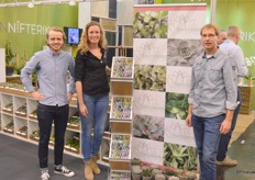 Rick Nannes of Latiflora, Nicole van Langen of Amigo Plant and Menno van der Straten of Succulents Unlimited are a good tandem. The former produces starting material, the latter takes care of trade, and Nicole makes beautiful plants out of it.