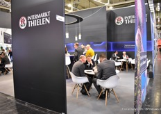 A lot of meeting going on in the booth of Intermarkt Thielen.