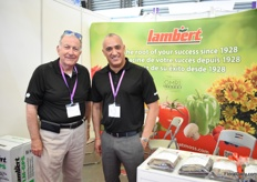 Mike Samilian and Richard de Quisada see the demand for peat moss increase every year. Lambert sells its products to China for about 5 years now and they also have an agent in Guangzhou. In China, they currently sale the basic products, but in the future, they expect to sell more specific products for specific crops.