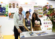 Roland, Jingyi and Ran of Holland Bulb Market. They supply bulbs to growers, parcs and distributors all over China. They see the highest demand for the Tulip.