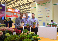 Focco Prins of Queen Genetics, Torben Pedersen of Hasfarm Youngplants and Jacob Graff of Graff. Besides Queen and Graff, Hasfarm Youngplants cooperates with several breeders, among others: Queen, Graff Breeding A/S,Royal van Zanten, Thoruplund and more.